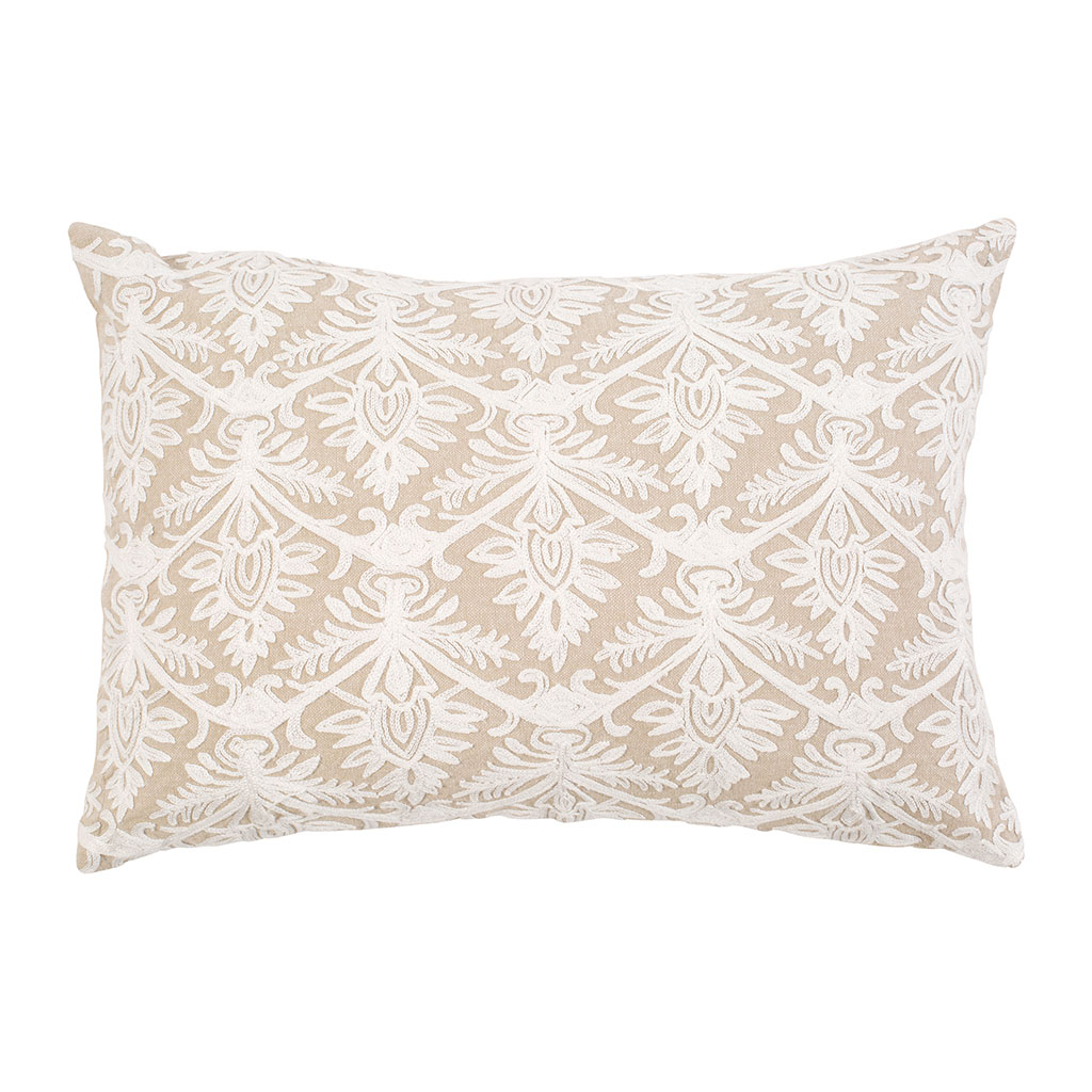 img-Coussin rectangle brodé Beige en Coton, Polyester