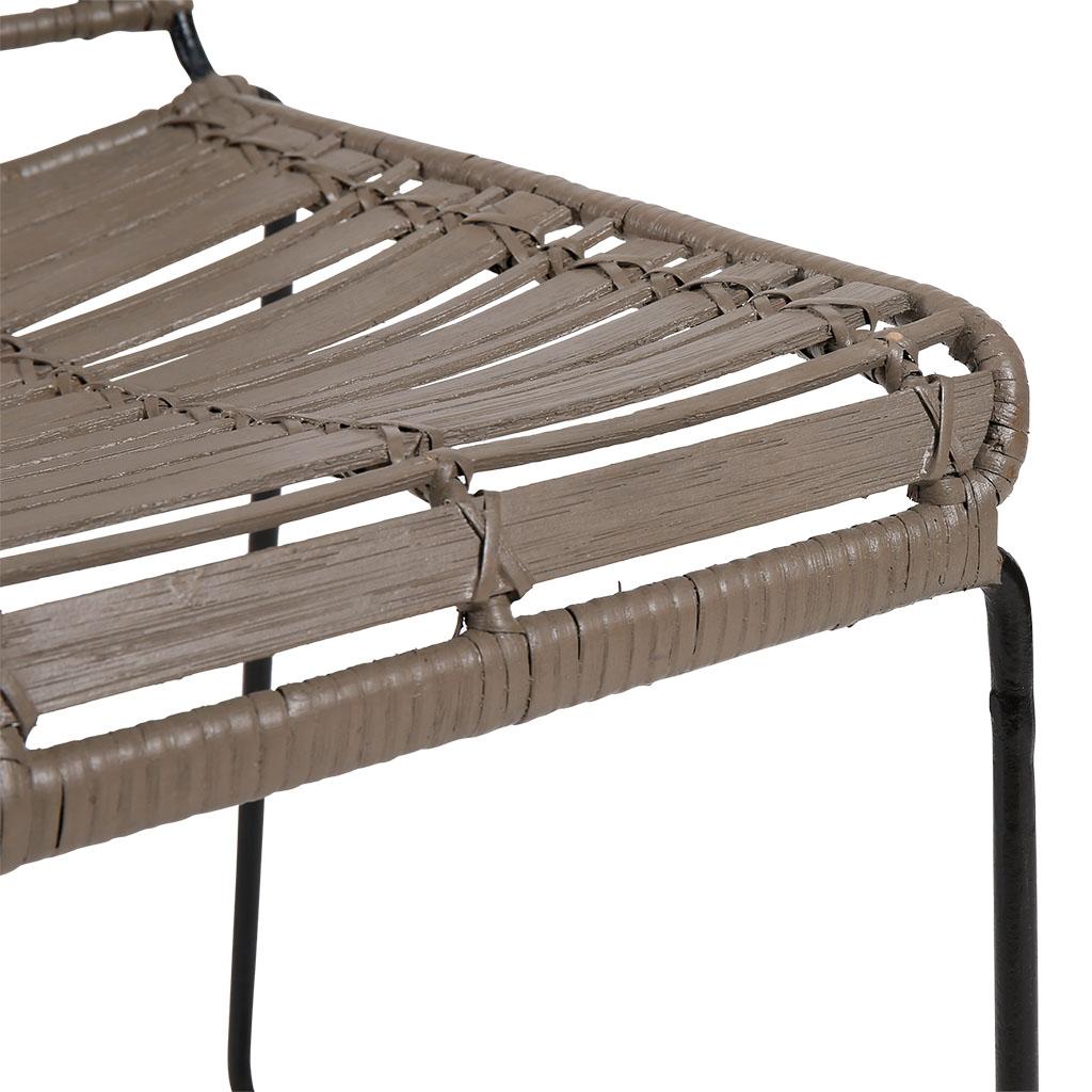 Cache Pied De Sapin Rotin côté table - chaise pasil en rotin assise grise pieds noirs